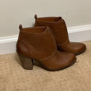 Lucky Brand Heeled Brown Booties